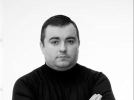 Тарас Винник-Артист театру