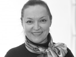 Надія Деркач-Артистка театру, помічник режисера, заслужена артистка України